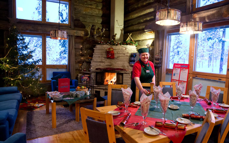Christmas Cabin_diningroomhost.jpg