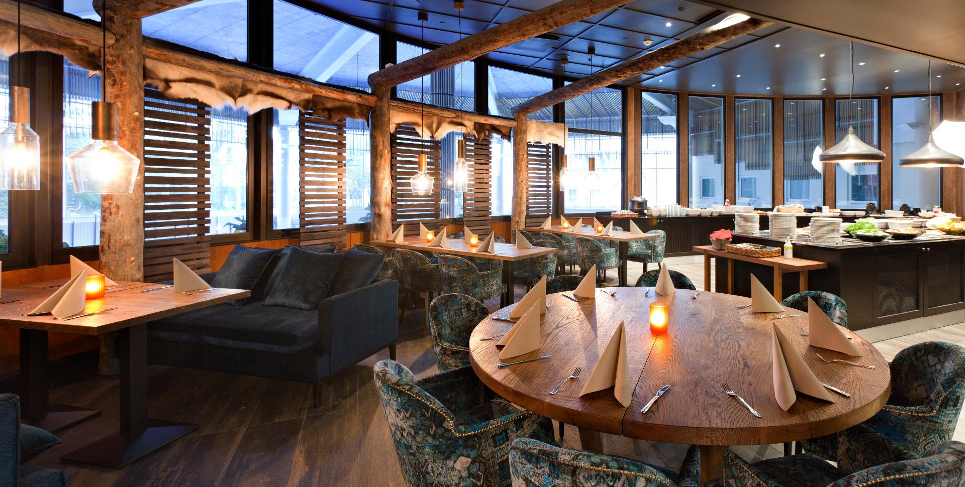 Hotel Holiday Club - Restaurant